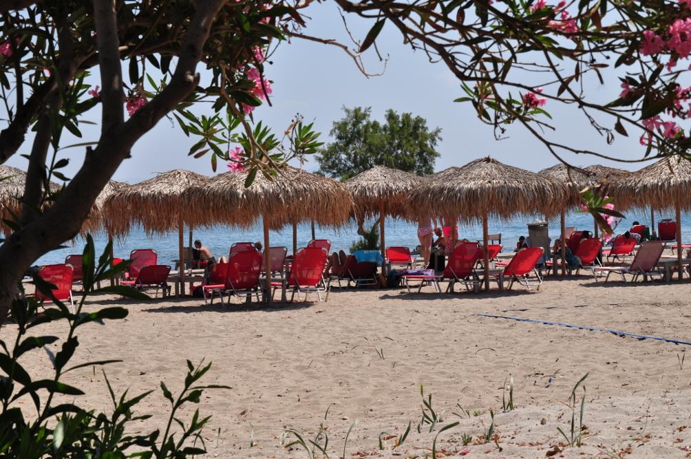 Strand von Lambi bei der Mylos Beach Bar
